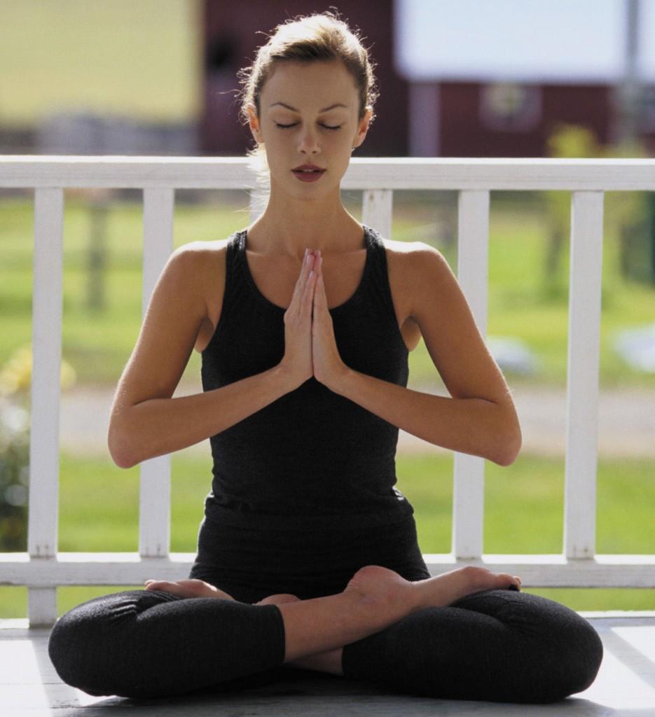 Yoga-935x1024