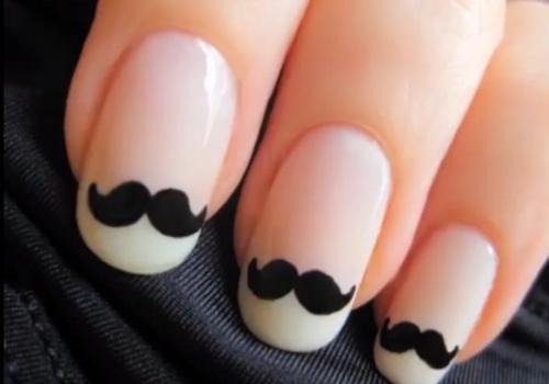 Nail Art Mustache