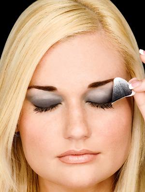 Apply Eye Makeup Perfectly!