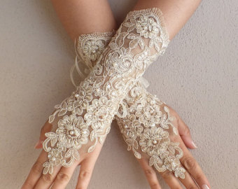 full-arm-wedding-gloves-1