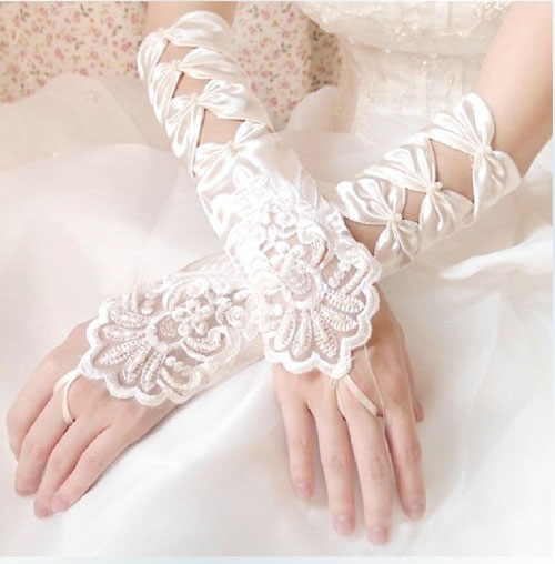 full-arm-wedding-gloves-2