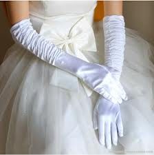 full-arum-wedding-gloves-3