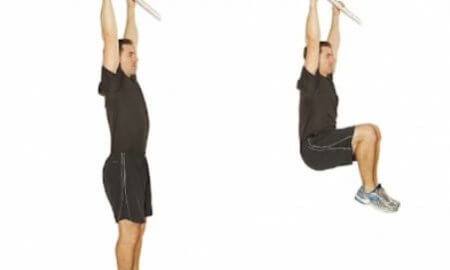 Effective method of hanging knee raise Explains muscle training method to train the lower part of the rectus abdomen muscle
